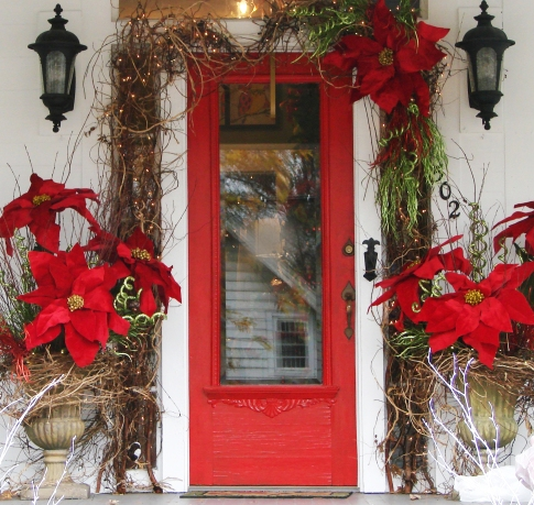 holiday_decorated_door