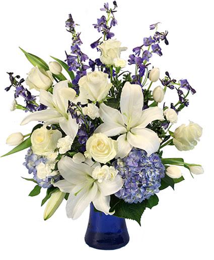 elegance-of-winter-flower-arrangement-VA043318.425.jpg